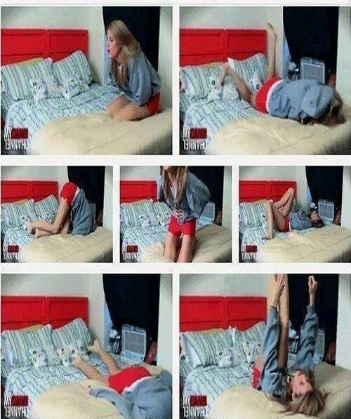 Only Girls Understand That Moment