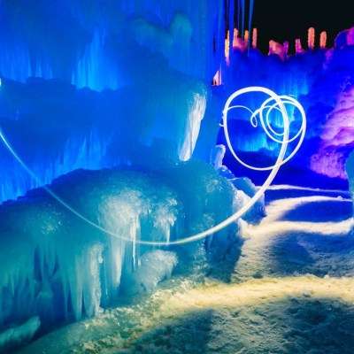 GIVEAWAY: 4 tickest to the Ice Castles in Midway, Utah