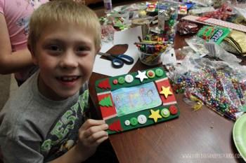 DIY Frames Christmas Crafts for Kids
