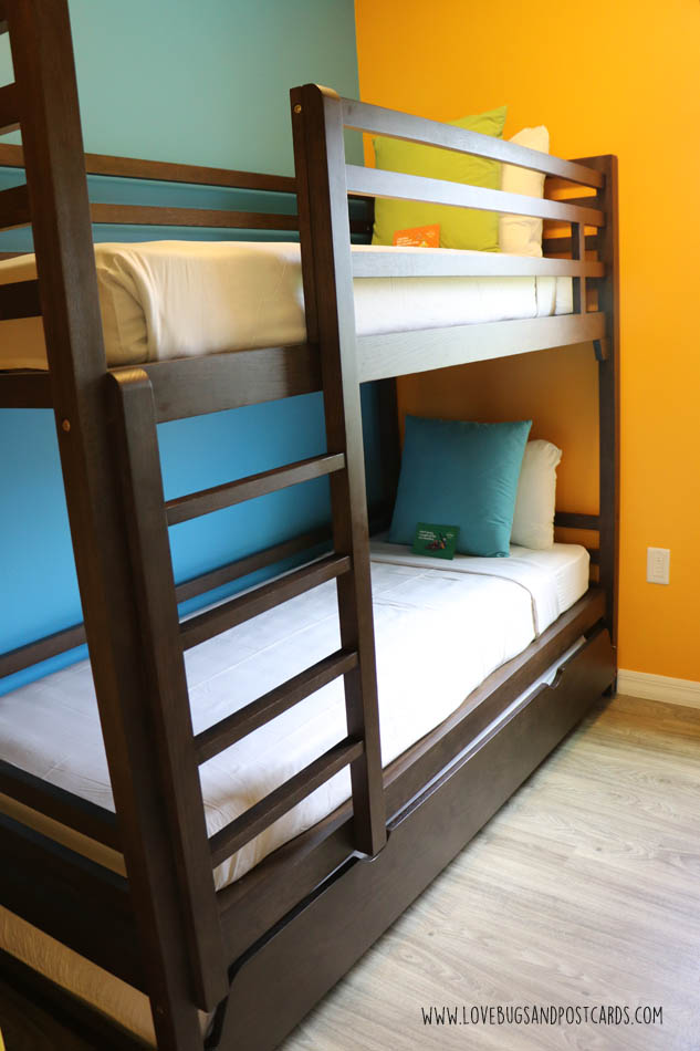Superb  reasons we love the LEGOLAND Beach Retreat Resort in Florida Bunk beds