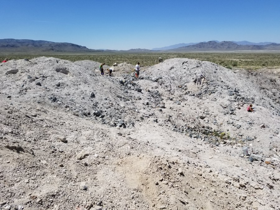 Unique things to do in Utah - Dugway Geode Beds