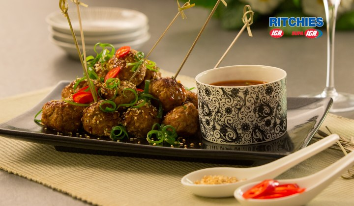 Pork and sesame balls with chilli dip