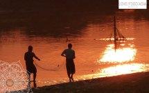 Fishing men in Amarapura