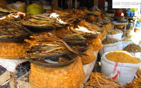 Auf dem Markt in Mandalay