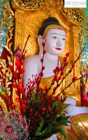 Buddha statue in Sagaing