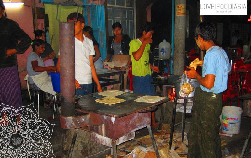 Indian Street Food in Mandalay