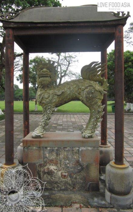 Statue in der Zitadelle von Hue