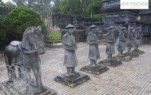 Die Kaisergräber von Hue
