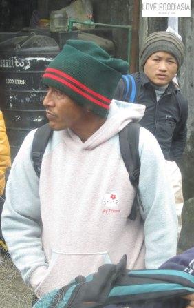 Auf dem Weg nach Pokhara