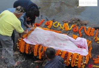 Feuerbestattung in Kathmandu