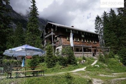 Die Reintalangerhütte