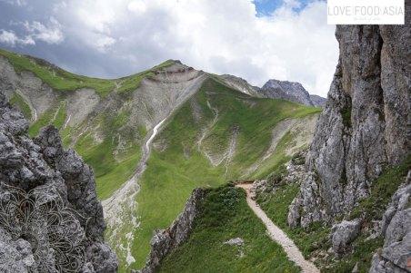 Der erste Blick nach Österreich