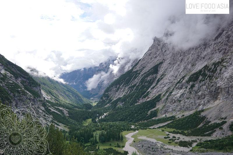Blick zurück in das Tal