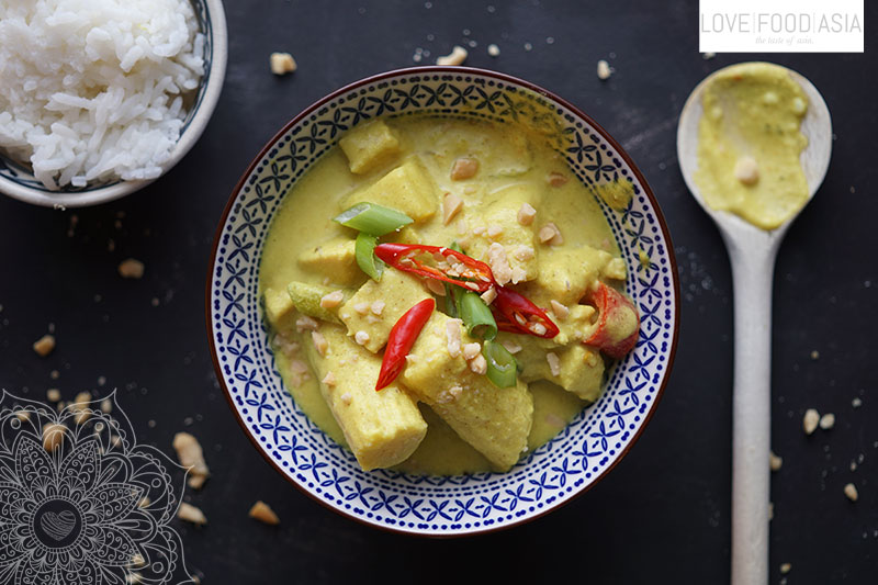 Yellow Thai Curry with Chicken