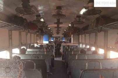 Im Zug in Indien