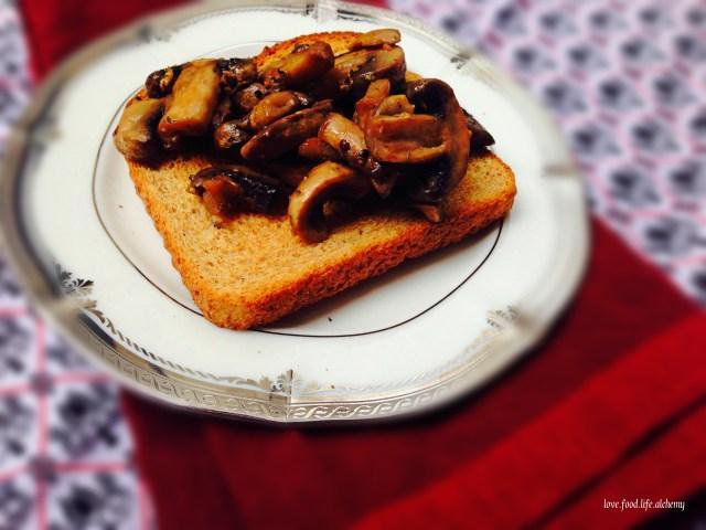 British Mushroom Toast