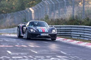 Nurburgring lap record for Porsche 918 Spyder