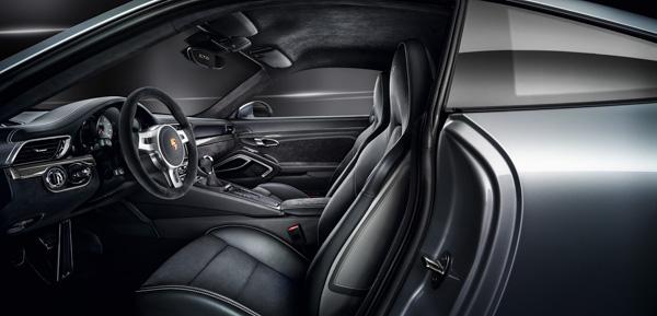 Interior 2015 Carrera GTS