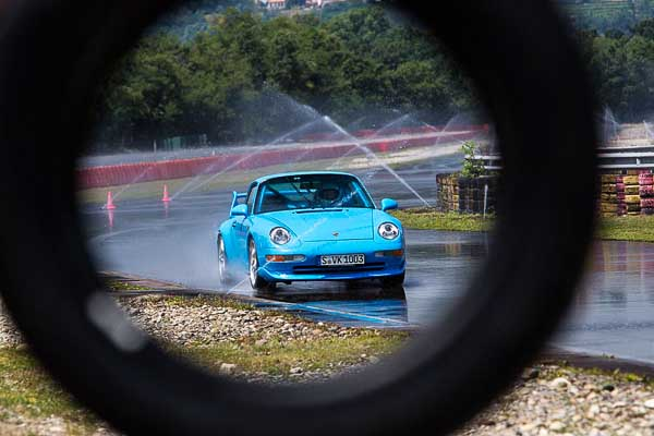 New tyres for Porsche Classics