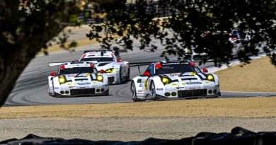 Porsche 911 RSR, Porsche North America: Earl Bamber, Frederic Makowiecki