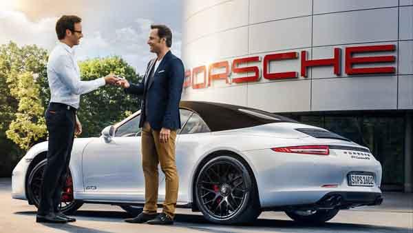 Porsche wins dealer survey again