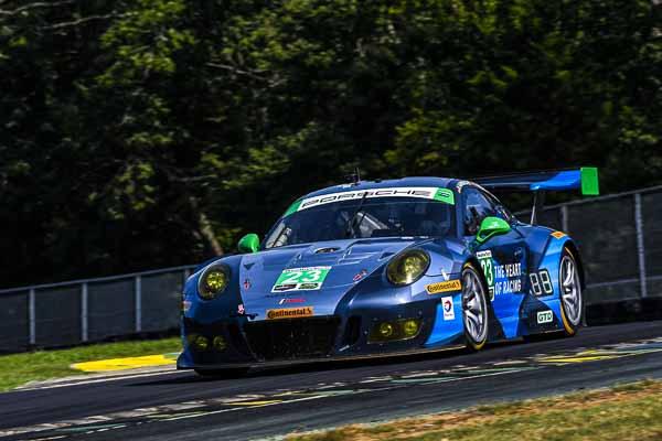 Porsche 911 GT3 R, Alex Job Racing: Mario Farnbacher, Alex Riberas
