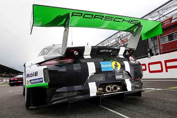 FIA GT Macau Porsche 911 GT3R