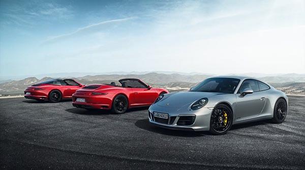The 2017 Porsche 911 GTS family : 911 Targa 4 GTS, 911 Carrera 4 GTS Cabriolet und 911 Carrera 4 GTS