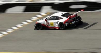 Porsche 911 RSR, Porsche GT Team (911): Patrick Pilet, Frederic Makowiecki, Dirk Werner
