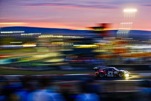 Intercontinental GT Challenge : Porsche 911 GT3 R, Competition Motorsports (12): David Calvert-Jones, Patrick Long, Marc Lieb, Matt Campbell