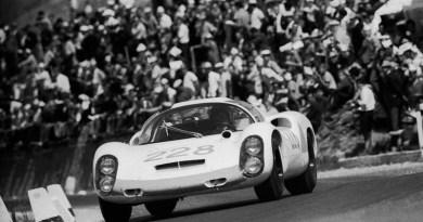 Porsche 910 at 1967 Targa Florio