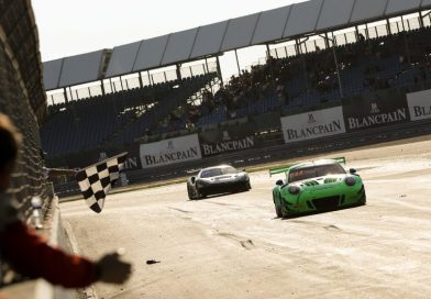 Class podium for Porsche 911 GT3 R in Great Britain