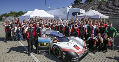 Porsche LMP Team- Nordschleife record of Timo Bernhard and the Porsche 919 Hybrid Evo 7