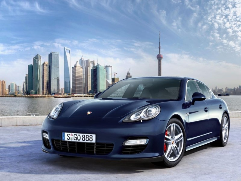 2009, Porsche launched the Panamera. The same year, the car manufacturer opened its new museum in Zuffenhausen.