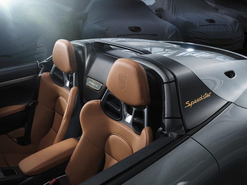 interior Porsche 911 Speedster Heritage Design Package Type 992