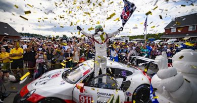 Porsche 911 RSR (911), Porsche GT Team- Patrick Pilet (F), Nick Tandy (GB)