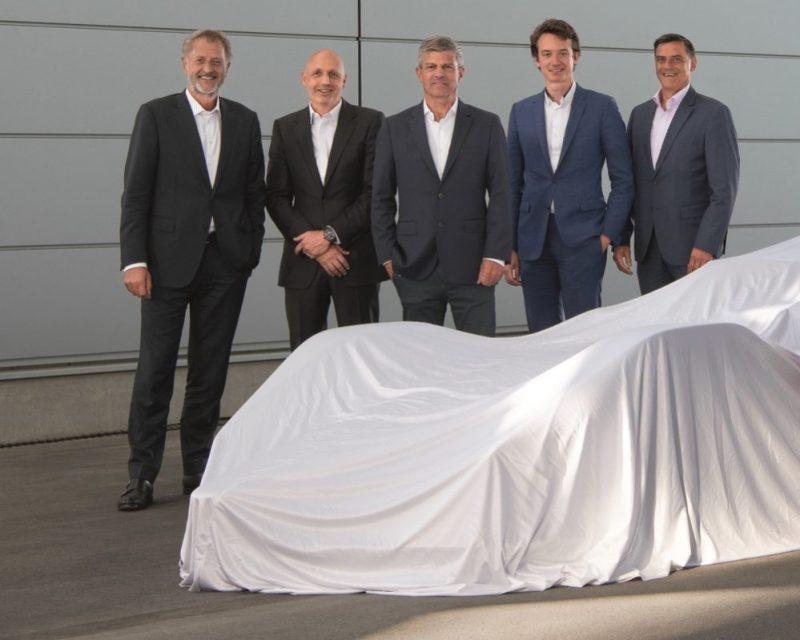 Porsche und TAG Heuer join forces again (from left to right) - Detlev von Platen, Stéphane Bianchi, Fritz Enzinger, Frédéric Arnault, Michael Steiner
