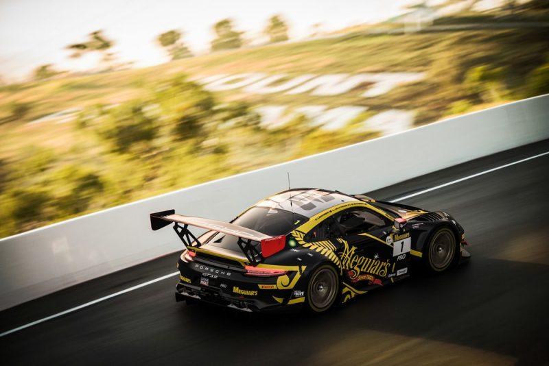 Preview Bathurst 12H - Porsche 911 GT3 R, EBM (1), Craig Lowndes (AUS), Earl Bamber (NZ), Laurens Vanthoor (B)