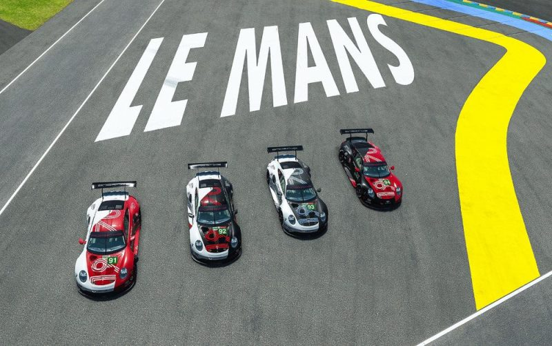 The Porsche Esports Team fields four Porsche 911 RSR in the virtual 24 Hours of Le Mans