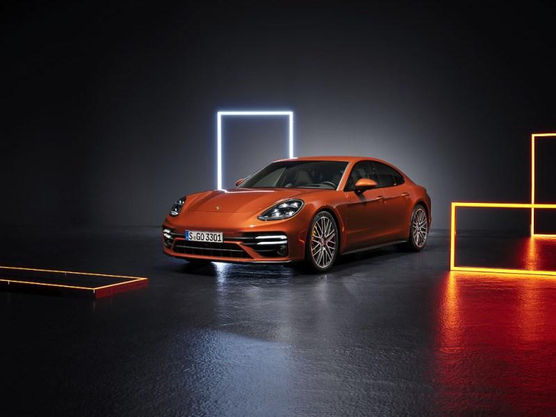 New Porsche Panamera Turbo S