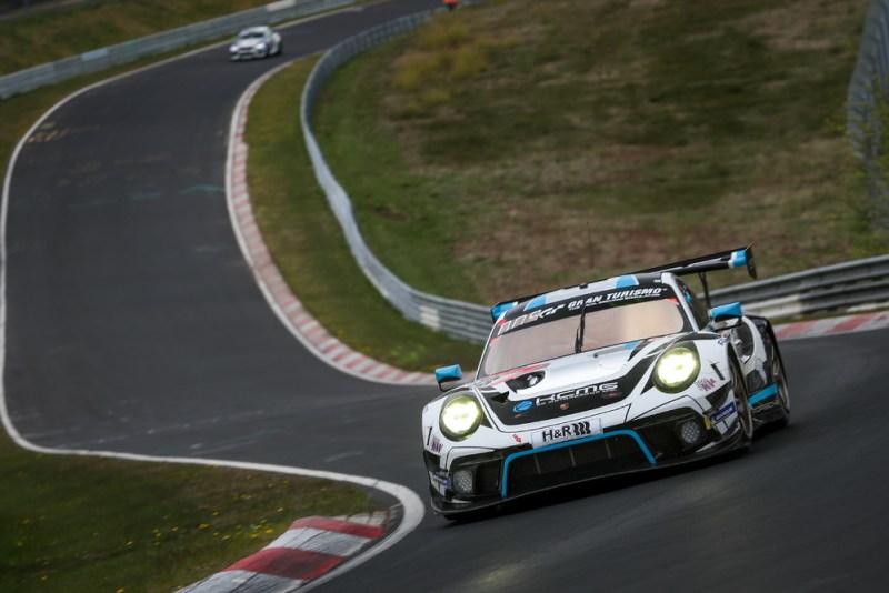 Porsche 911 GT3 R, KCMG (#18), Alexandre Imperatori (CH), Josh Burdon (AUS), Edoardo Liberati (I), Marco Holzer (D)