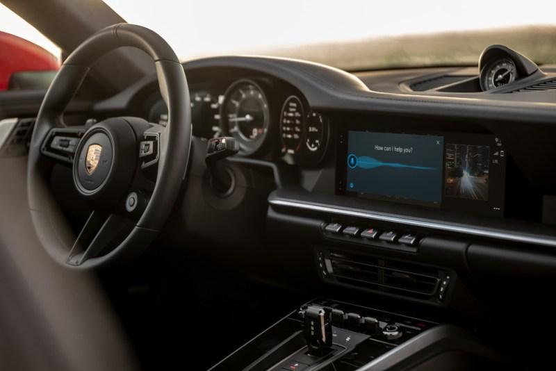 """""""Hey Porsche"""" - Voice Pilot of the PCM 6.0"""