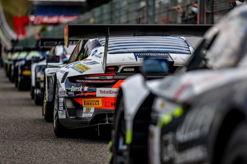 Porsche 911 GT3 R, Dinamic Motorsport (#56), Romain Dumas (F), Mikkel O. Pedersen (DK), Andrea Rizzoli (I)