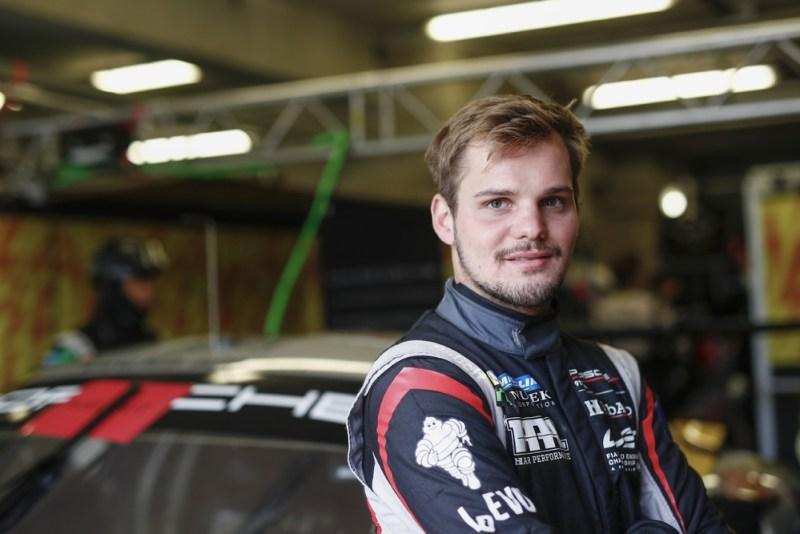 HubAuto Racing (#72), Dries Vanthoor (B)