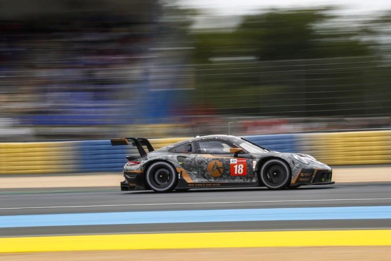Porsche 911 RSR, Absolute Racing (#18), Andrew Haryanto (RI), Alessio Picariello (B), Marco Seefried (D)