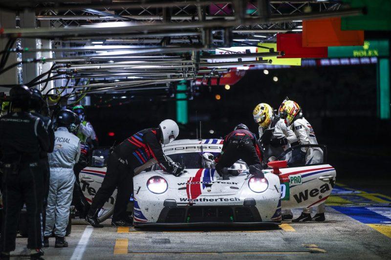 Porsche 911 RSR, WeatherTech Racing (#79), Cooper MacNeil (USA), Earl Bamber (NZ), Laurens Vanthoor (B)