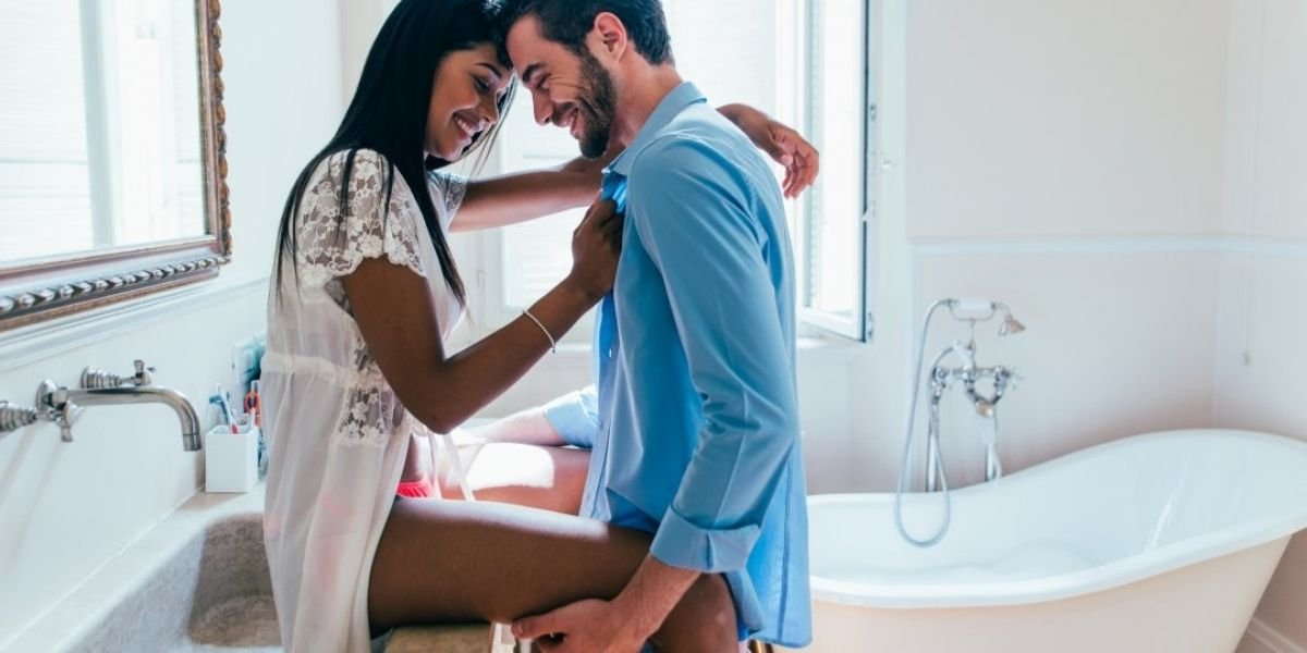 Read more about the article How to get your wife in the mood? 11 Ways to please a woman.