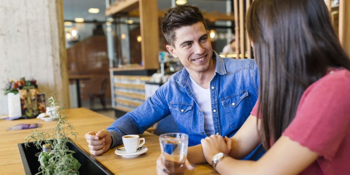 Read more about the article Why do guys ask a girl if she has a boyfriend?