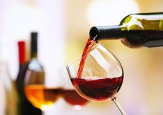 alcohol-and-bowel-cancer_drinks