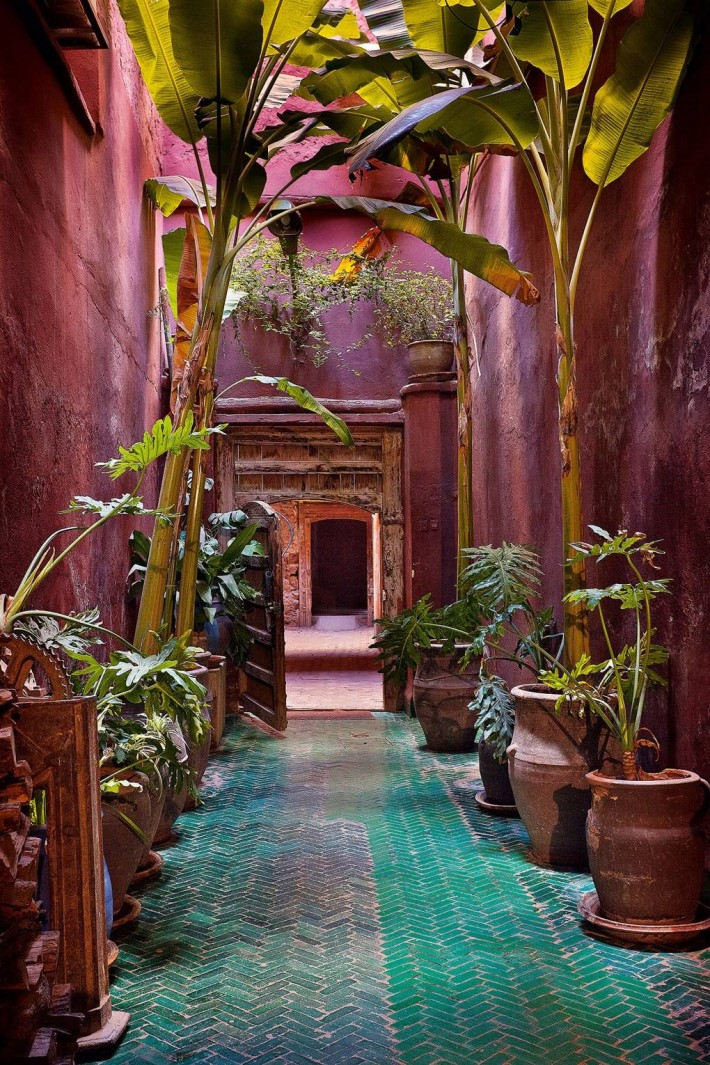 Moroccan Interior Design Style: How to Master the Look ... on Moroccan Backyard Design  id=70465